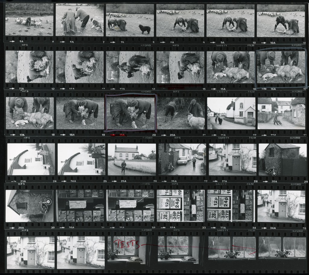 Contact Sheet 909 by James Ravilious