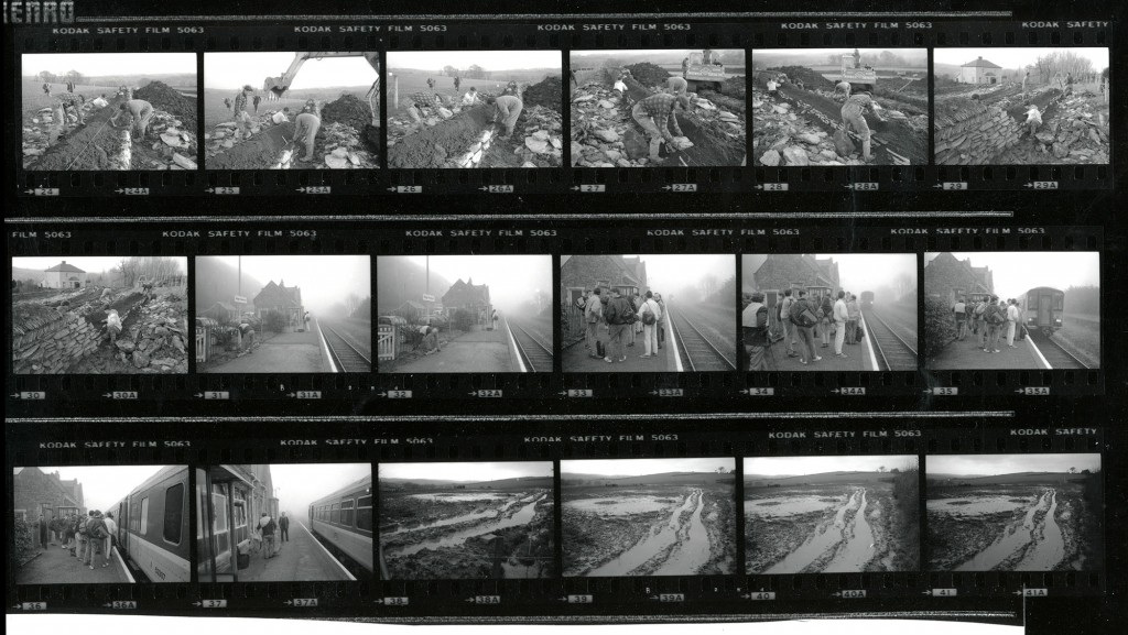 Contact Sheet 2304 by James Ravilious
